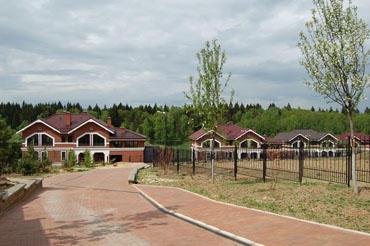 Коттеджный посёлок  «Левитан» по адресу Московская обл, Подольский р-н, Шаганино д в 20.6км от МКАД предложения по цене от 78 491 000 руб.