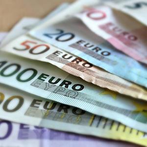 Объем предоставленных ипотечных средств за 8 месяцев составил почти  900 млрд рублей